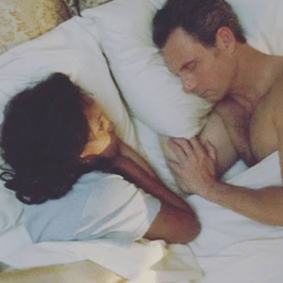liv and fitz in bed